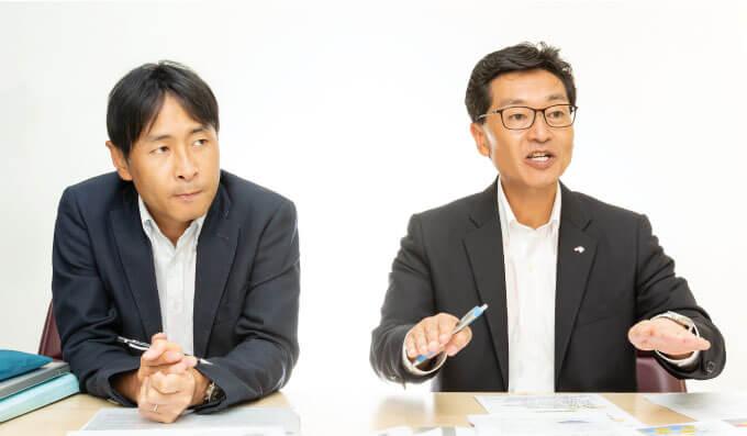田 副社長(右)とiCHANGEプロジェクト担当の真田 氏